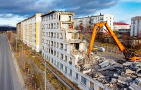 Снос ветхого жилья в Мурманской области